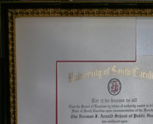 Diploma frame with red filet